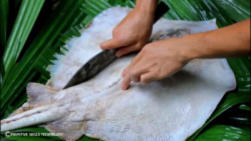 کباب کردن سفره ماهی با استفاده از چرخ آبی در رودخانه | (تکنیک زندگی 54)