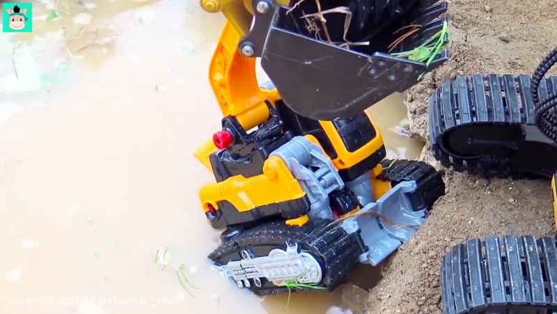 ماشین بازی / اسباب بازی / ساخت پل با کامیون و بیل مکانیکی، شمارش اعداد