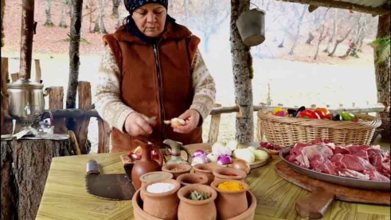 پخت معروف ترین غذاهای آذربایجان بر روی آتیش قسمت هفتم(از دیدنش پشیمان نمیشین)